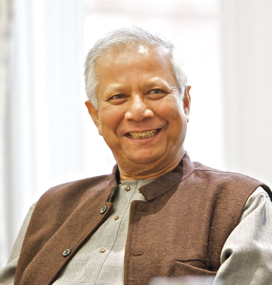 During his childhood, Muhammad Yunus saw his mother help the poor and underprivileged in Bangladesh. As an adult, he wanted to help the poor in his home country by lending out money to those who weren't granted loans from big banks. Yunus was awarded the 2006 #NobelPeacePrize.