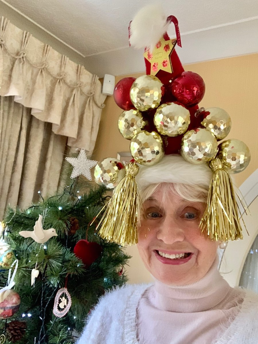 Our amazing volunteer Maggie is loving #ChristmasHatDay!! Tag us in your photos - we'd love to see your Christmas Hat Selfies 🎄🎅🎁❤