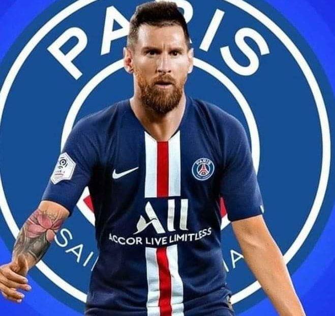 ⚡️MERCATO⚡️   Messi au @PSG_inside rêve ou réalité selon vous ? 🤔  #Messi #PSG #Mercato   📸 : Coups Francs