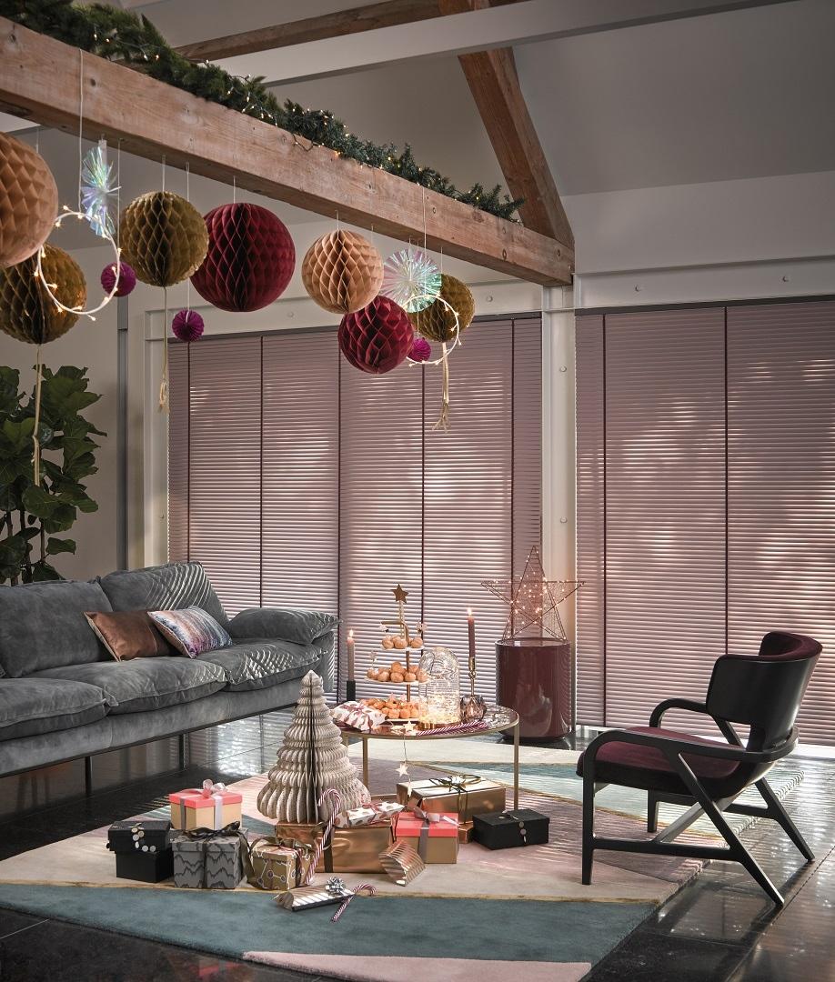 test Twitter Media - Een warme decembermaand –Een glamorous interieur zorgt voor een extra feestelijke touch aan je decembermaand. Lees nu op onze blog hoe je zelf een warm winterinterieur creëert. https://t.co/TxuBTcdLev https://t.co/GexEC3RktX