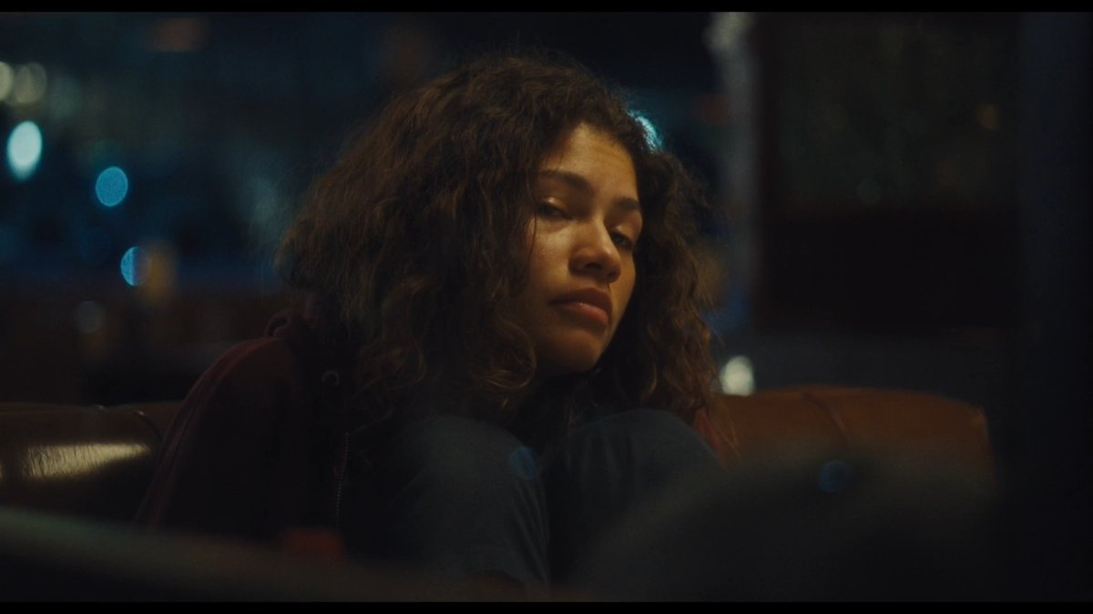 THAT WAS AN AMAZING EPISODE!!! 💜😍😭🔥 #Euphoria #EuphoriaHBO  If I had to describe the first episode, I definitely would say incredible and powerful!