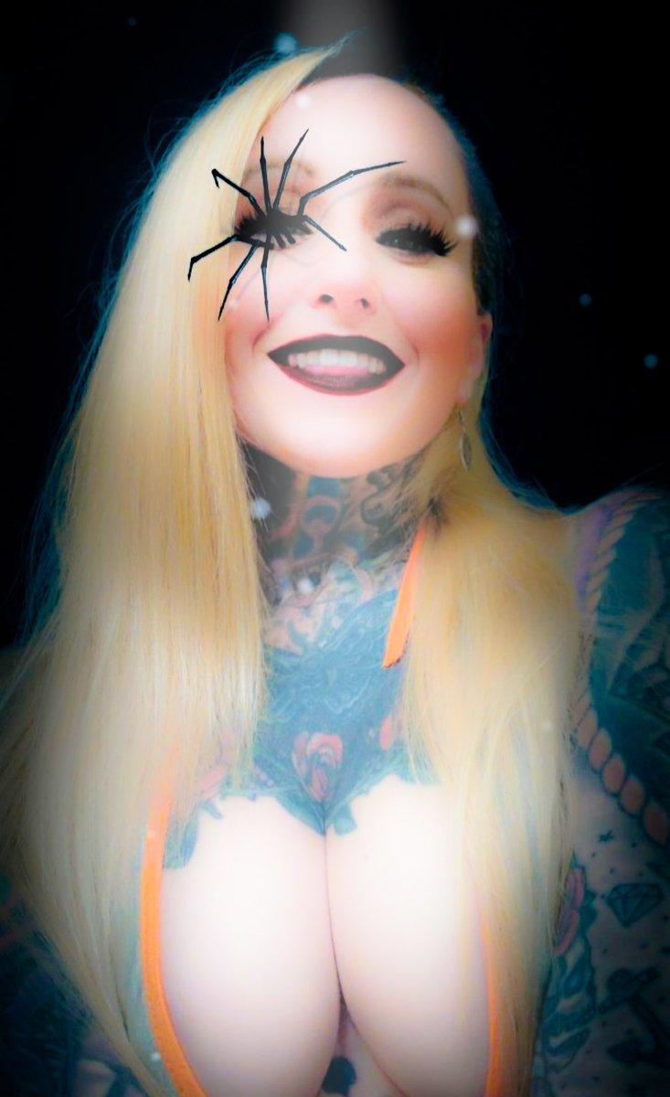 Flashback Friday To Halloween 🎃 #ink #tattoos #inkedgirls #tattooed #inked #tattooedgirls #pornstars #onlyfans #porno https://t.co/BNJSNRiNaG https://t.co/qCPTn3nHMO