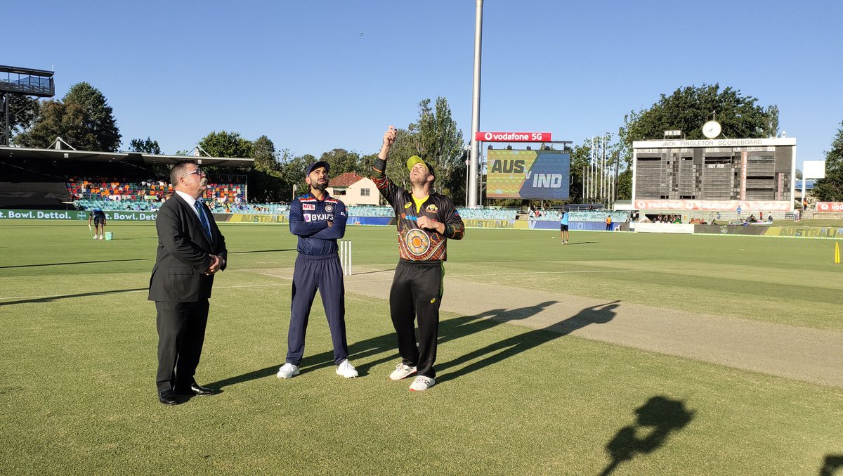 Australia have won the toss in the first T20I and they have opted to bowl first. #AUSvIND