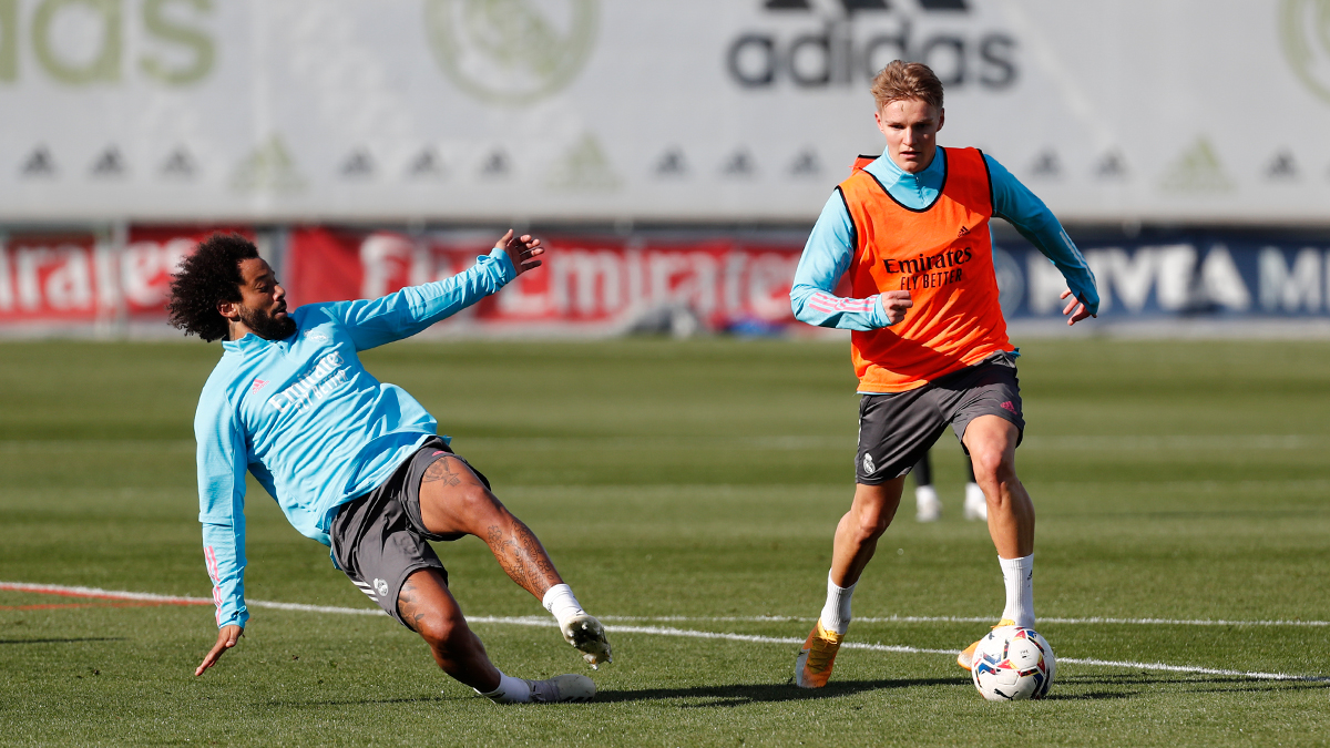📋✅ Today's agenda at #RMCity: 🎙️ Press conference - 15:30 CET ⚽ Training - 16:15 CET #HalaMadrid