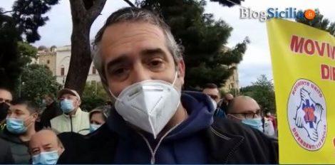 """Protestano i lavoratori del 118, """"Definiti eroi ma ora serve rispetto dalle istituzioni"""" (VIDEO) - https://t.co/OwLBOBVu8B #blogsicilianotizie"""