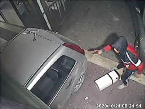 Rapina violenta in un bar di Caltanissetta. tre arrestati: due hanno 15 anni (FOTO) - https://t.co/oCIfGEDovX #blogsicilianotizie