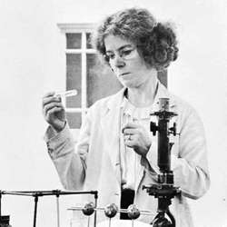 Over the next 21 days I'll be posting about relatively unknown Irish women from history, a kind of Advent Calendar herstory.  Here's the first one, Kildare-born Kathleen Lonsdale (1903-1971), the first female fellow of the Royal Society for her pioneering worn on crystallography.