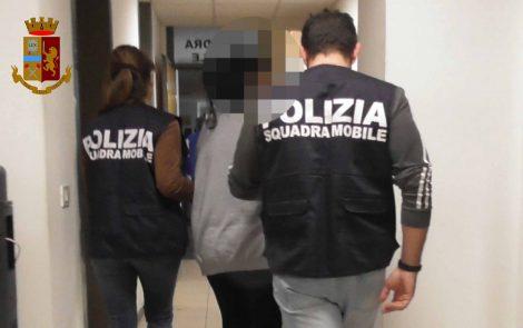 Neonato abbandonato a Ragusa, la polizia ferma il compagno della madre - https://t.co/cSqzRn0kaB #blogsicilianotizie