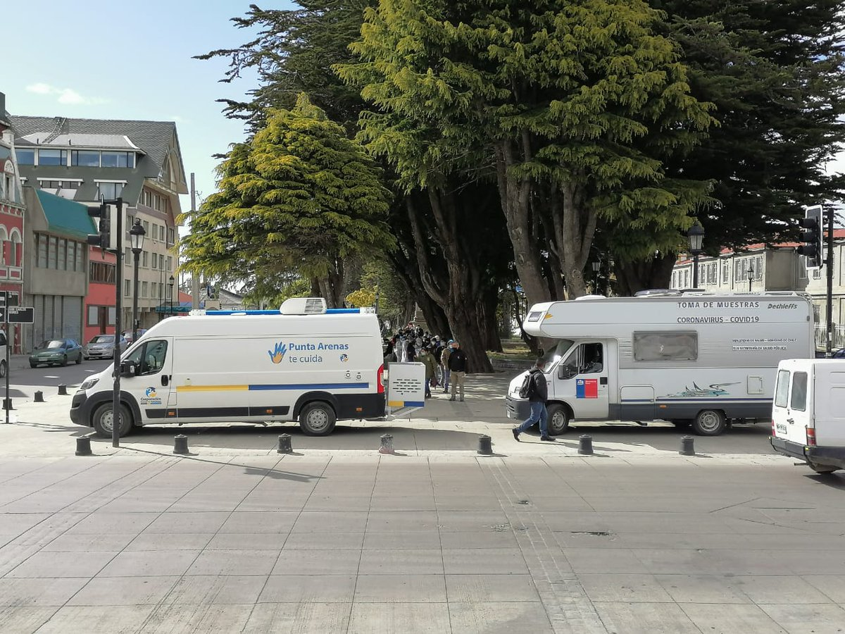 🔵Una masiva convocatoria tuvo la jornada #BAC de ayer en #PuntaArenas donde se realizó toma de PCR a personas asintomáticas, permitiendo identificar a personas (+) y cortar la cadena de transmisión.    #NosCuidamos #Magallanes   @pdazan @CORMUPA