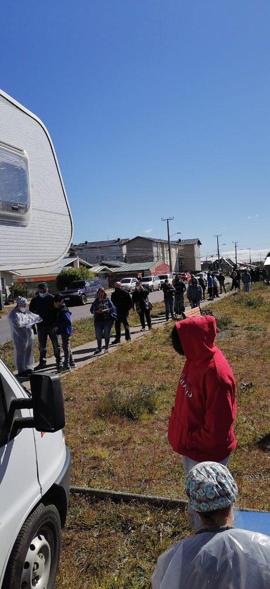 #BAC #PuntaArenas   🔵AHORA: Hasta la 1pm. estamos junto a @CORMUPA  en Población Las Vertientes realizando toma de PCR  gratuita y voluntaria.   ¡Los esperamos!  #NosCuidamos #Magallanes   @pdazan @munipuq