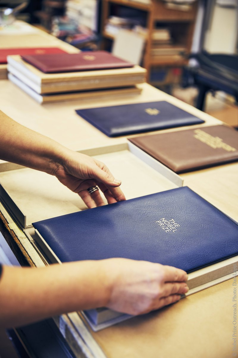Let's take a deep dive into the world of bookbinding and find out more about the craftsmanship behind the unique Nobel Prize diploma covers and medal cases.  Join us on for a visit at Leonard Gustafsson's bookbinding that creates these unique pieces: