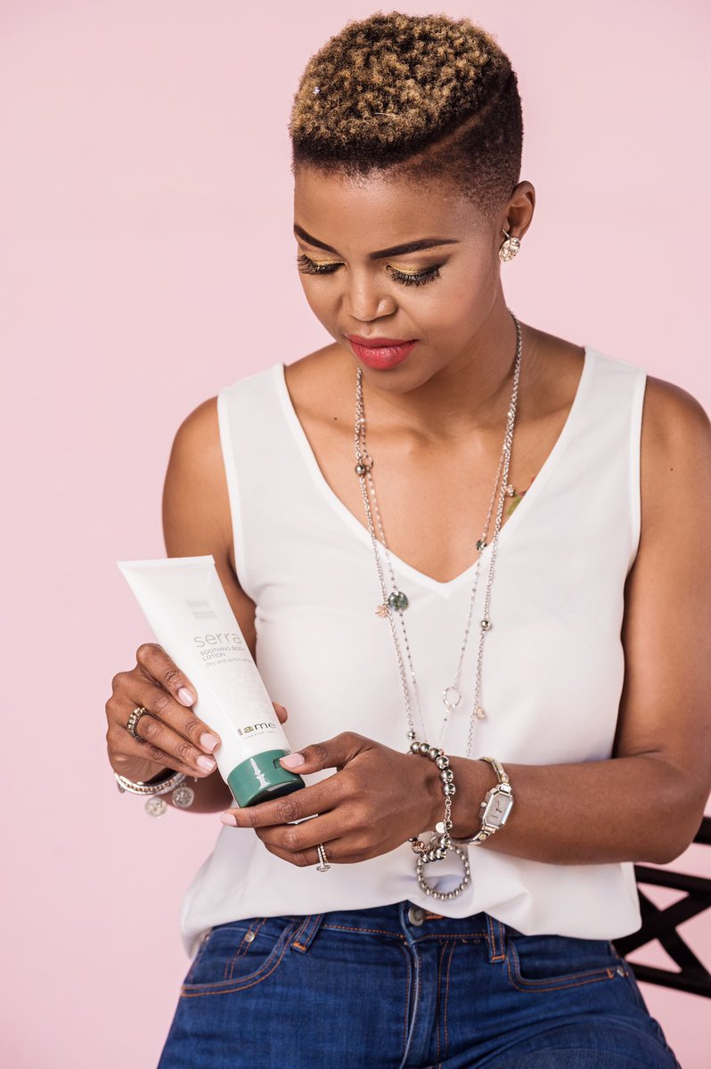 🎤: Brown Skin Girl// 💖  Great skin doesn't happen by chance, it happens with an attentive daily regime that includes @lamelleSA Serra Soothing Body Lotion - perfect for helping my Dry, Sensitive Skin feel healthy and leave it glowing 💫 #Lamelle  @MrsSAPageant  #MrsSATop25 👑🌺