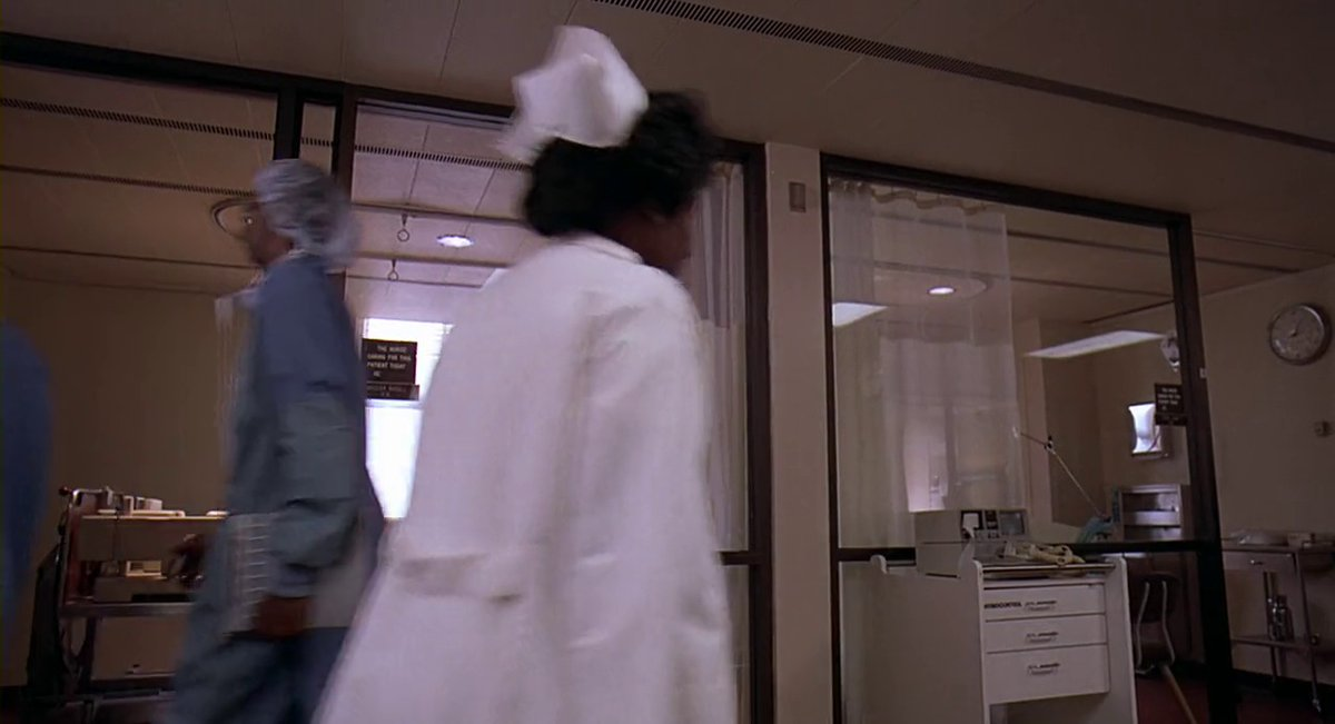 "Frame #32345 ""until they become train wrecks like Mr. John Doe here."" #Darkman #SamRaimi #LiamNeeson #FrancesMcDormand #LarryDrake #90s https://t.co/dIJHos861J"