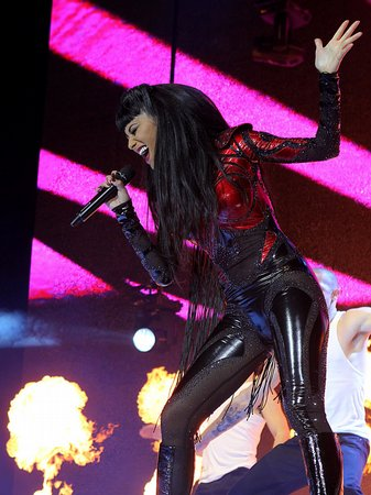 10 years ago today #SupervillainScherzinger blasted into deliver some #POISON at Capital: Jingle Bell Ball 🦹♀️🧪💢🔥⛓️❤️🖤 @NicoleScherzy @CapitalOfficial