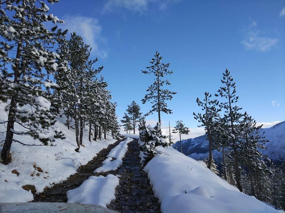 Lura lakes. Lure. Diber. Albania #lake #lure #luralakes #diber #albania #mountains #snow #extrem #discover #visit #natgeotravel #nature #nationalpark #national_geographic #videos #amazing #fantastic #photo #frozenlake #frozen