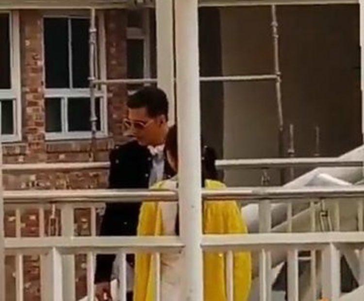 @akshaykumar & #SaraAliKhan kick starts shoots for #AtrangiRe   #akshaykumar #saraalikhan #atrangire #newpair #jodi #star #bollywood #shooting #movietalkies