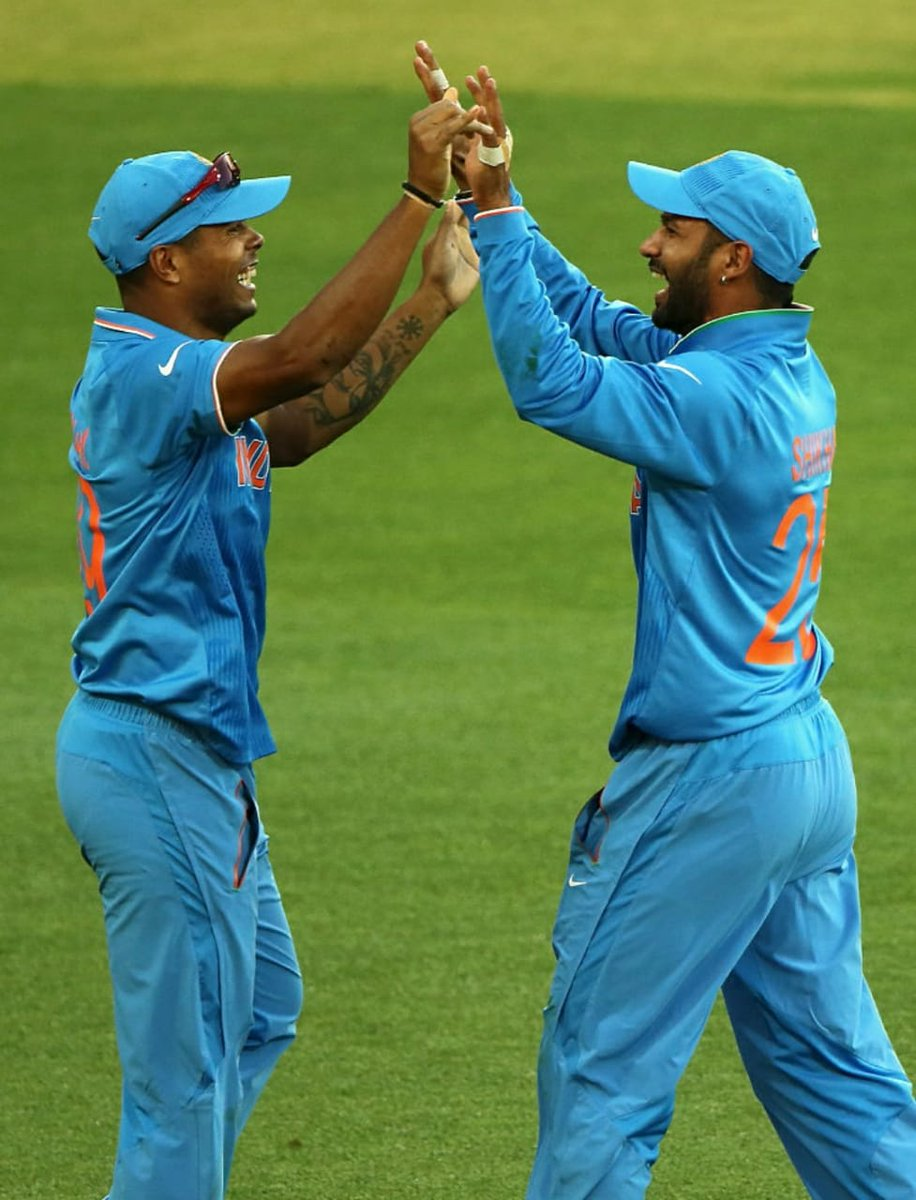 Happy birthday @SDhawan25   Wishing you happiness and success always. Have a great day. 🎂🎉