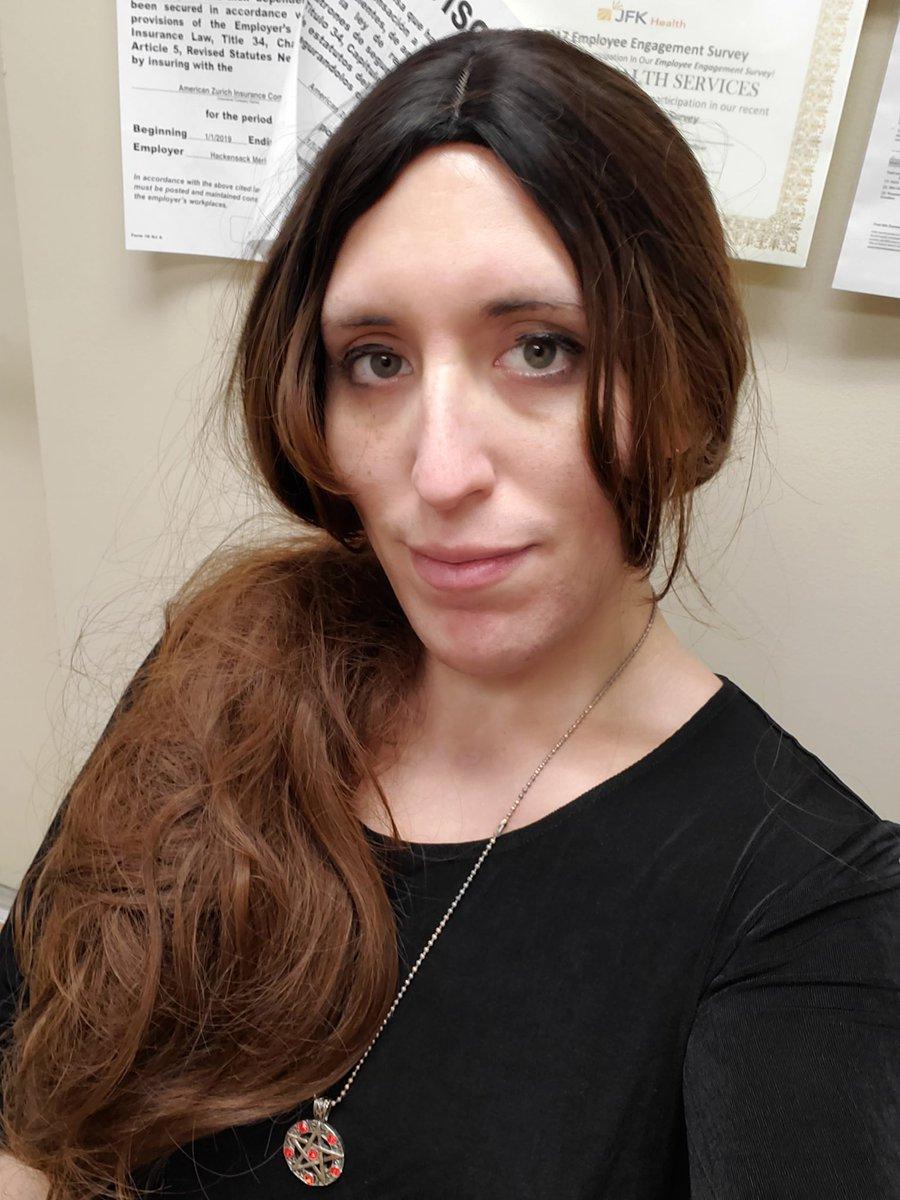 New wig!!! #TransIsBeautiful #GirlsLikeUs #TransGirl #ThisIsWhatTransLooksLike #nofilter #GreenEyes #TomboyFemme #wig