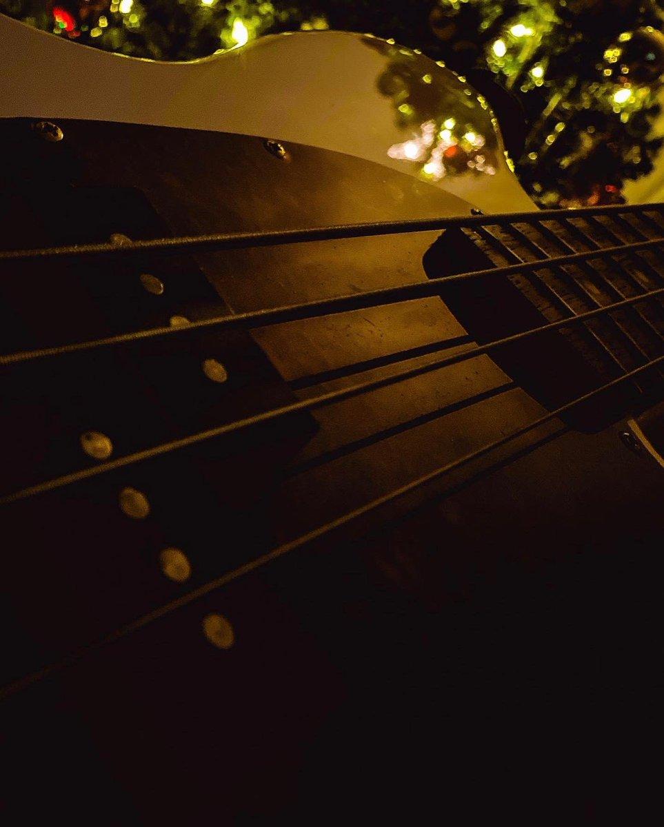 Based  #photography #bass #music https://t.co/r6IJx6IyrJ