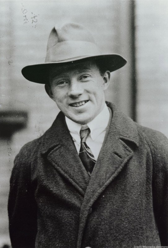 Werner Heisenberg, born #OTD in 1901, was only 31 when he was awarded the 1932 Physics Prize for the creation of quantum mechanics.  He is known for his uncertainty principle which says if you know the exact position of a particle you cannot know its exact momentum and vice versa