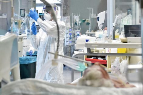 Covid19, scende l'indice di contagio Rt, la Sicilia si attesta a 0,79, rischio saturazione ospedaliera in due regioni - https://t.co/seQZrRVd5c #blogsicilianotizie