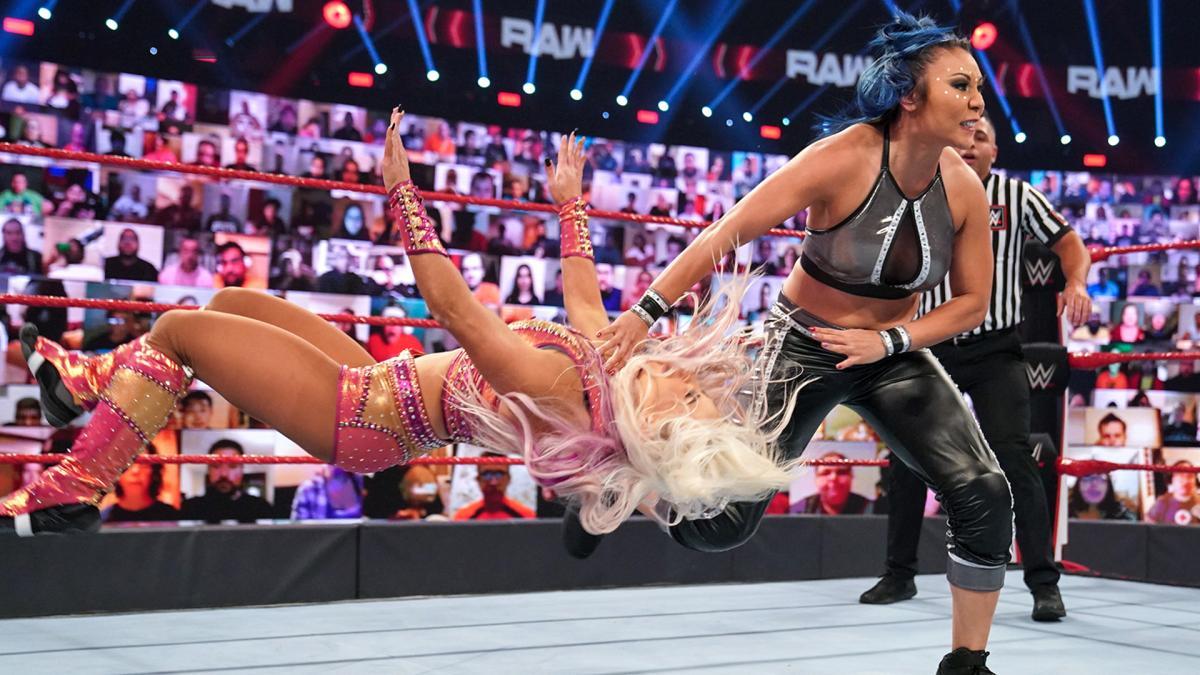#SurvivorSeries è passata, ma i rancori ancora no! @DanaBrookeWWE  è in cerca della sua vendetta a #WWERaw... 😡  Non perderti l'episodio dalle 10.30 e a seguire preparati per #WWENXT, in onda dalle 12.30 e in replica anche domani dalle 9.30. Solo su @dmaxitalia!