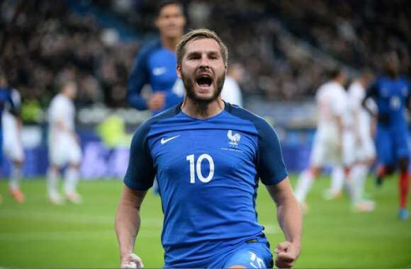 And bon anniversaire as well to André-Pierre Gignac! 🙌💙  36 caps for France, 35 today.  #FiersdetreBleus