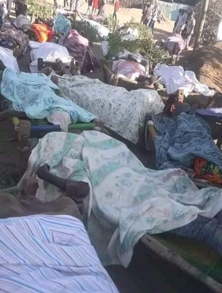 #أثيوبيا   أنباء عن تهريب حوالي 2000 شاب إثيوبي من معسكر حشبة بالقرية (8) بولاية القضارف الي دخل مدينة الخرطوم وإلى أماكن أخرى والجدير بالذكر ان الحكومة الاثيوبية اعلنت ان المجرمين المتورطين في قتل اكثر من 600 من المدنيين في مدينة ماي خضرا قد هربو الي الحدود السودانية وهم مجموعة