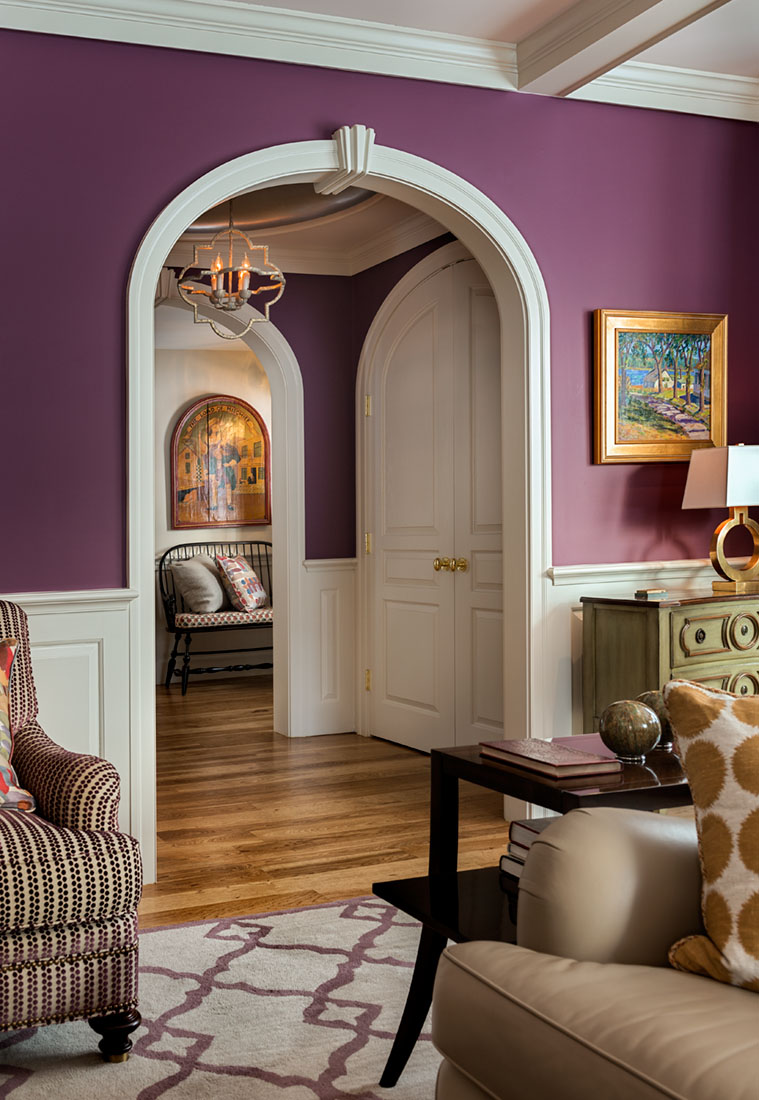 When designing your home, don't be afraid of adding bold colors! The purple on the walls of this client's home gives the space so much personality and helps in the creation of a space unique to the family.   📷: @robkarosisphoto  #purplewall #colorfulhome #colorcrush https://t.co/gUx1oyoI9n