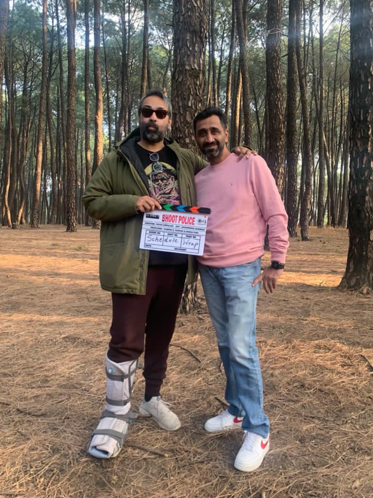 FIRST SCHEDULE ENDS... Team #BhootPolice - shooting in #Dharamshala - have completed the first schedule... Second schedule from 15 Dec 2020 in #Mumbai... Stars #SaifAliKhan, #ArjunKapoor, #JacquelineFernandez, #YamiGautam and #JaavedJaaferi... Directed by Pavan Kirpalani.