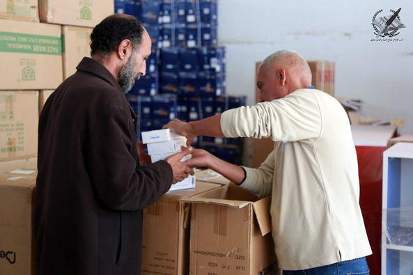 """""""التعليم"""" تسلم تجهيزات الوقاية من """"#كورونا"""" للمؤسسات التعليمية للتفاصيل :  #خليك_في_الحوش  #ليبيا  #218NEWS"""