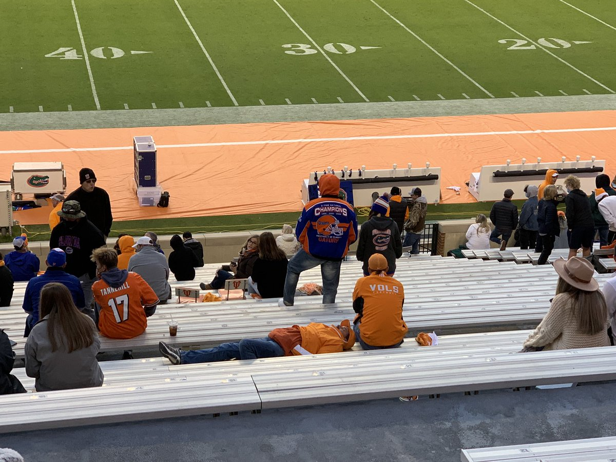 Not sure if this Vol is dead or is just opting out of the second half #UFvsTENN