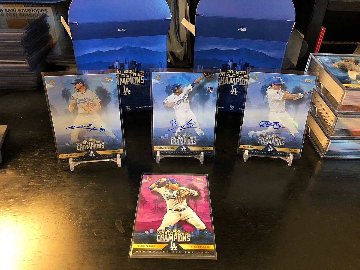 My @BENBALLER box hits - 3 meh autos and one beautiful JT parallel /25! #Dodgers #Collect #TheHobby https://t.co/klXcndGf2v