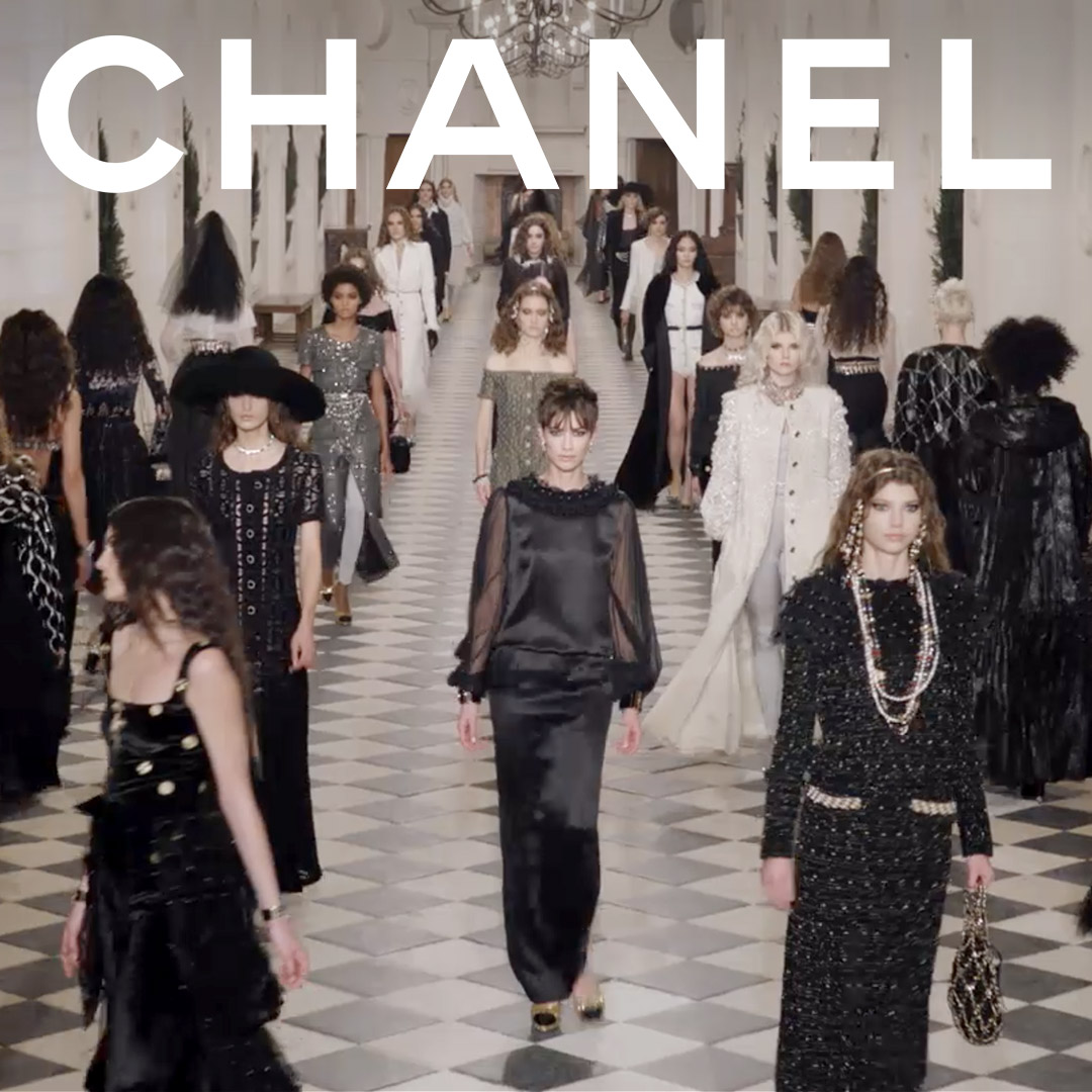 Now playing on Apple Music — the CHANEL 2020/21 Métiers d'art show's soundtrack. #CHANELMetiersdart #CHANEL Listen on