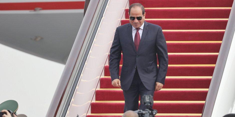 السيسي يغادر إلى فرنسا لبحث تعزيز التعاون وآخر التطورات جريدة عمان