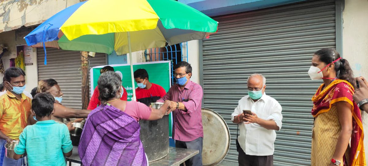 Glimpses from free Food Distribution across Chennai's slum locations @chennaicorp