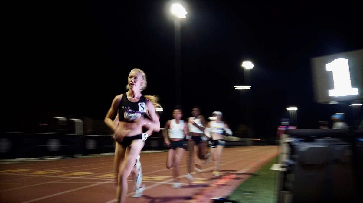 Olympic Qualifying standard last night for @leashamonson as she crushed a 31:10 Pro 10k debut! I could only smile with pride watching Alicia fearlessly take charge the closing miles! Her focus, patience and determination everyday are things you just can't coach! #OAC @on_running https://t.co/JjrvlqC2IP