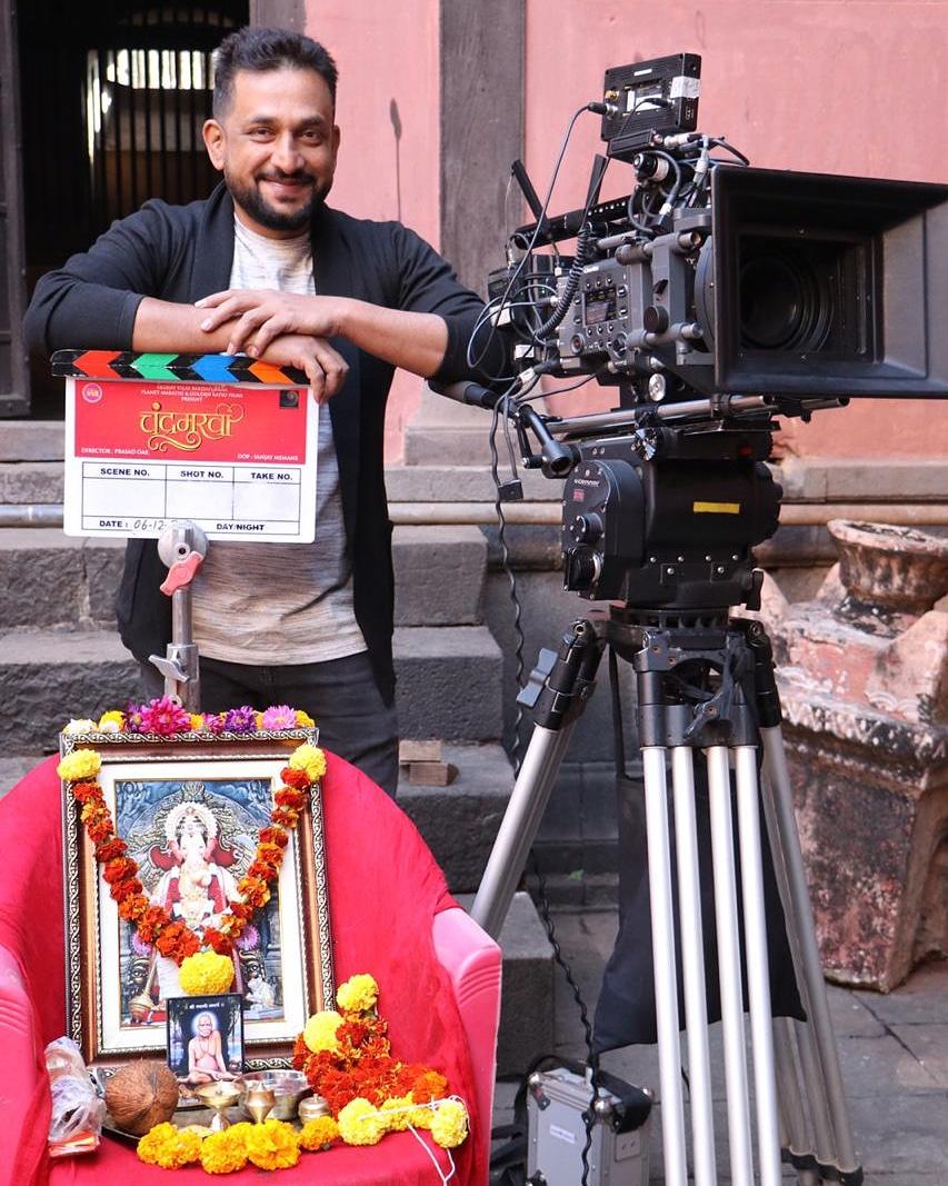 Chandramukhi Schedule 2 starts  Roll Sound 🎤🎧 Camera 🎥 Action 🎬  Director : Prasad Oak @prasadoak17  #chandramukhi #marathifilm #PlanetMarathi #GoldenRatioFilms #flyingdragoanentertainment #shootmodeon #marathimedia #films #marathi