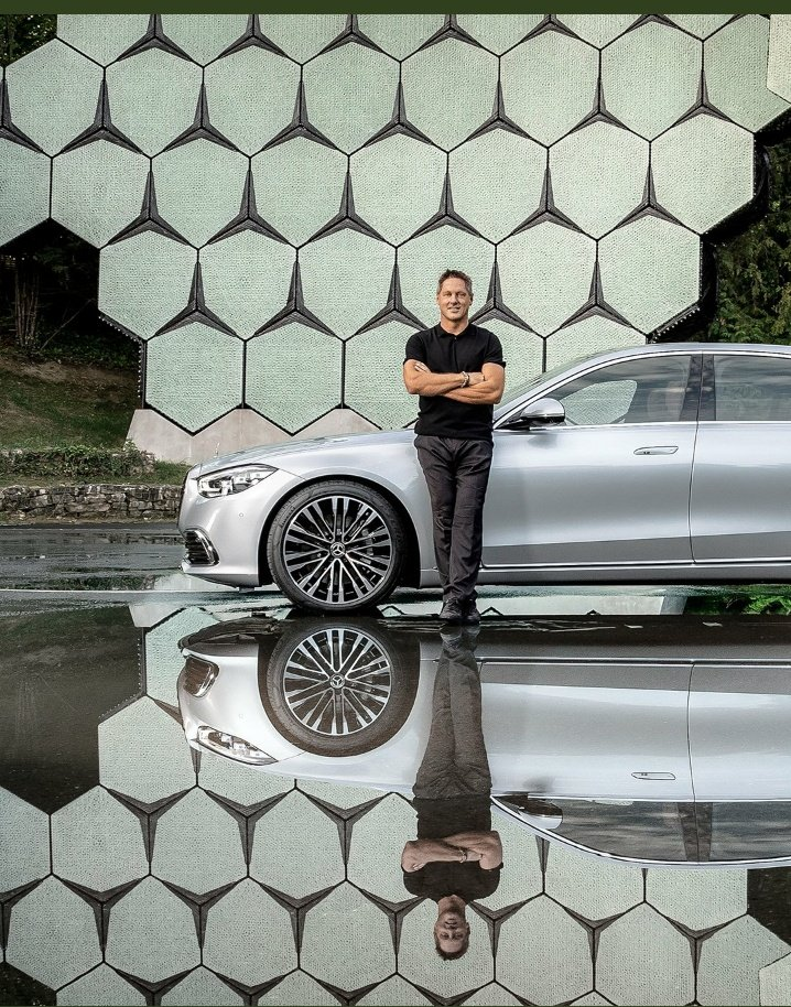 """You might have already noticed the background in some of Gorden Wageners#SClassposts. The """"Outdoor Star Arena"""". It's a sculpture built at our outdoor presentation space. 🌟#MercedesBenz#MBDesign #SClass #TheNewLuxury #CarGeekNG"""