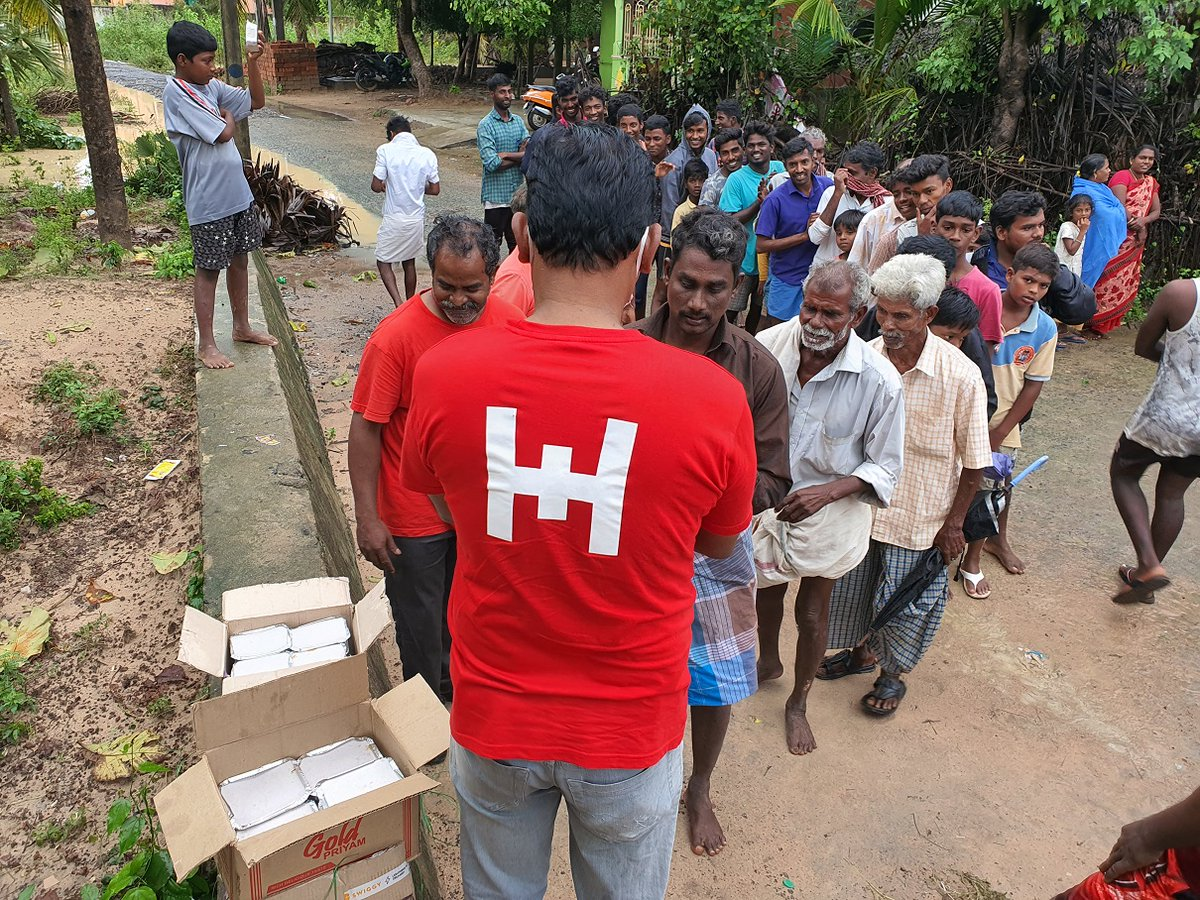 #CycloneBurevi : Glimpses from our food distribution for flood affected communities at #Cuddalore. #Cuddalorefloods #Burevi #NivarCyclone