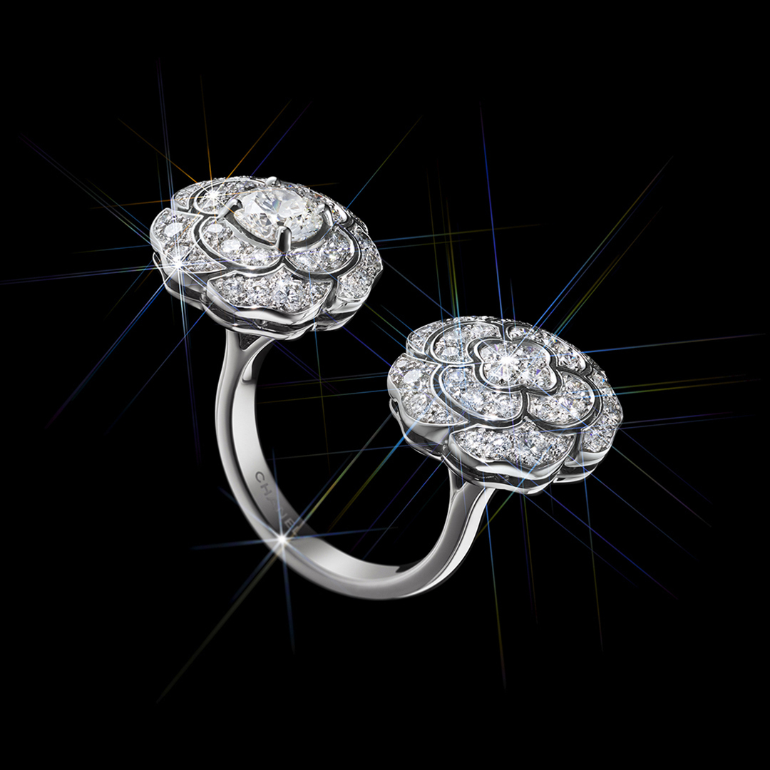 A CHANEL Dream Never Fades This holiday season, discover the BOUTON DE CAMÉLIA ring. A new creation with two camellia buds in white gold and diamonds. #CHANELDreaming #CHANELFineJewelry #CameliaCollection Find your boutique on