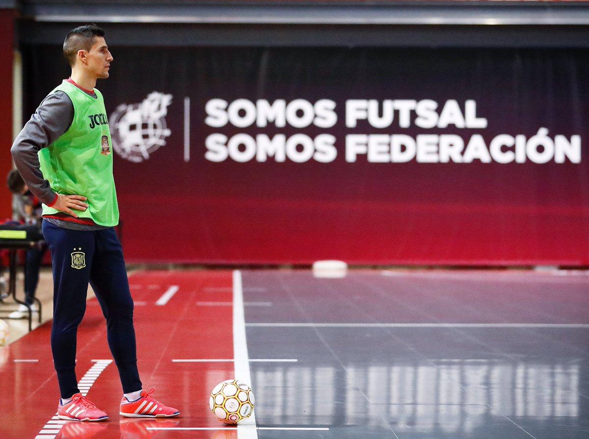 Último entrenamiento!!! Mañana arrancamos la fase de clasificación para el europeo de Holanda 2022.  🇪🇸 España vs Letonia 🇱🇻 ⏰ 13:00H 📺 @teledeporte  #Spartan #Spain #NationalTeam #Futsal @SomosFutsal #SomosFederación