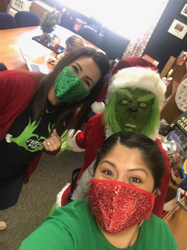 It's hard to be a Grinch when you have so much fun at work and school! @estradac_cfb