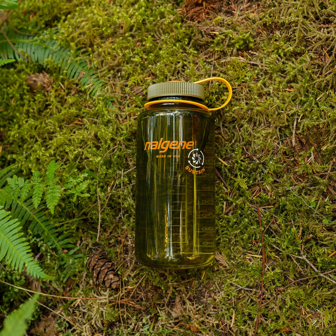 What an honor! #NalgeneSustain won the @popularscience #BestofWhatsNew Award within the Sports and Outdoor Goods category 🏆  We're thrilled to have our line of 50% recycled reusable bottles recognized among this year's biggest feats of innovation!