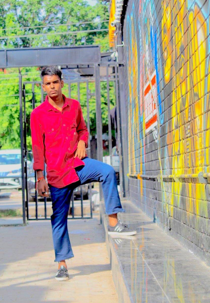 #twitter #Instagram #foryoupage #fashionstyle #fashionblog #viralpost @NikhilB67720263   #urvi 😍😍