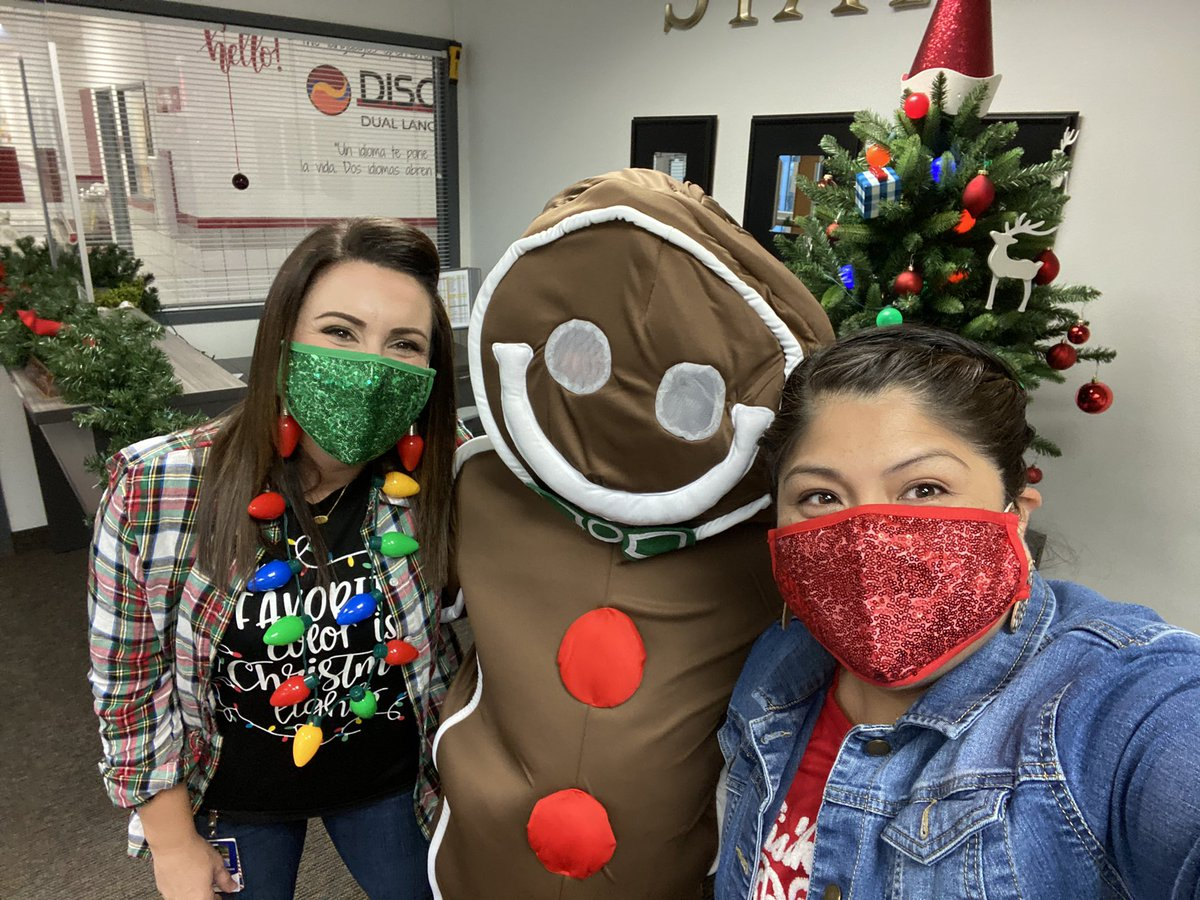 Run run as fast as you can...time to catch the Gingerbread man! #HolidayFun @estradac_cfb