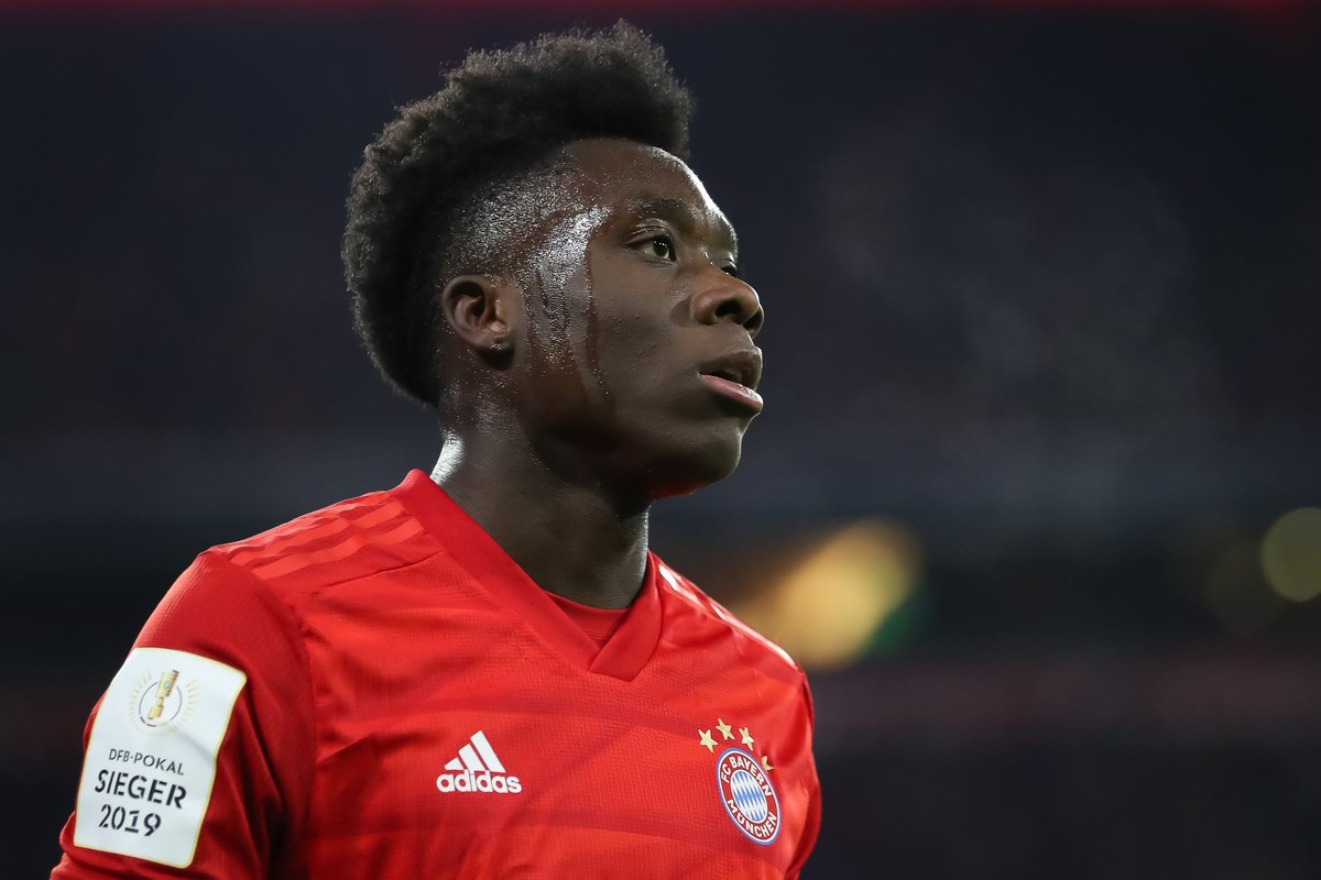 The incredible story of Phonzy continues. The UNHCR Supporter is dedicated to raising awareness for refugees globally and is a living example of refugee possibility. Congrats to @AlphonsoDavies on being the first male soccer player to be awarded the 2020 Lou Marsh Trophy!⚽️🥳🏆