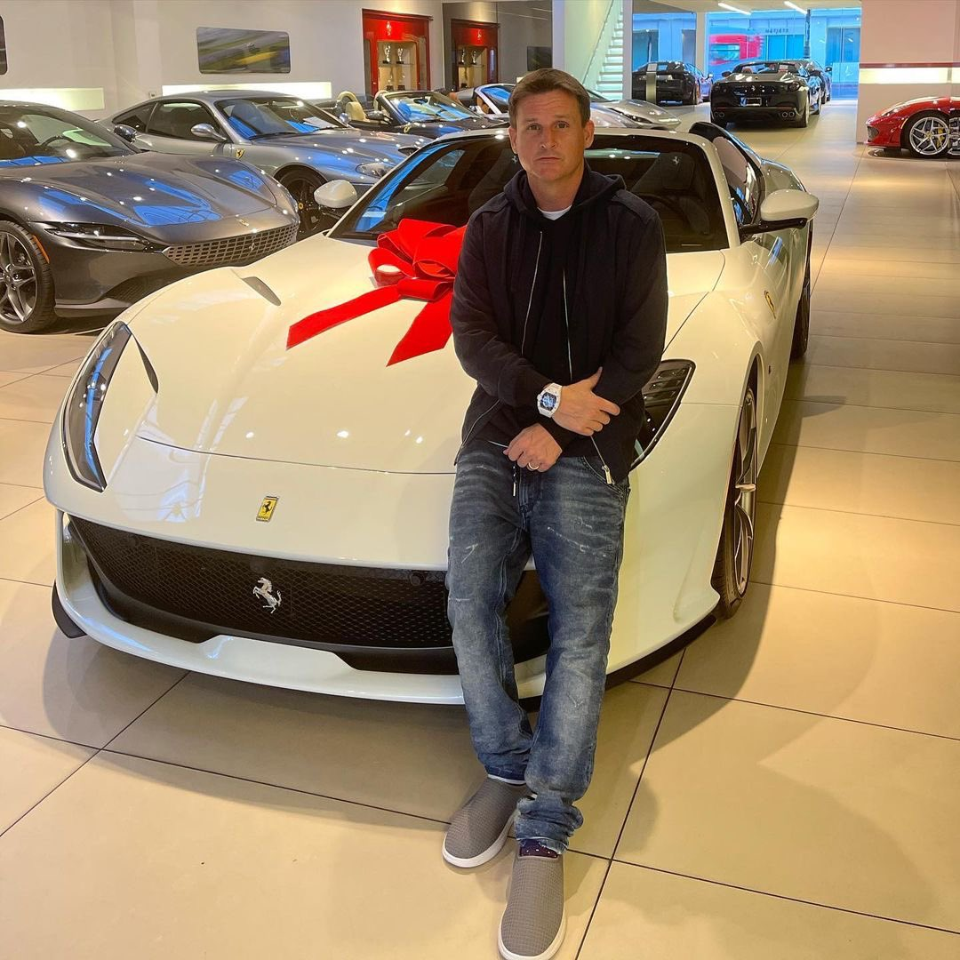 Rob Dyrdek Auf Twitter Christmas Arrived Early This Year Thank You Ferrari Bh For Bringing A New Meaning To The Holiday Spirit Welcome To The Dyrdek Family Ferrari 812gts The Whole Family