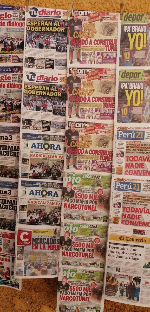 Esta son las portadas de nuestros diarios, pueden apreciar alguna referencia a que hoy día 9 de Diciembre se celebra la Batalla de Ayacucho y Día Del Ejército, por eso digo necesitamos un cambio de cultura, venden chucherías todos estos periódicos Chicha.. Todos https://t.co/ySP4vPJeDh
