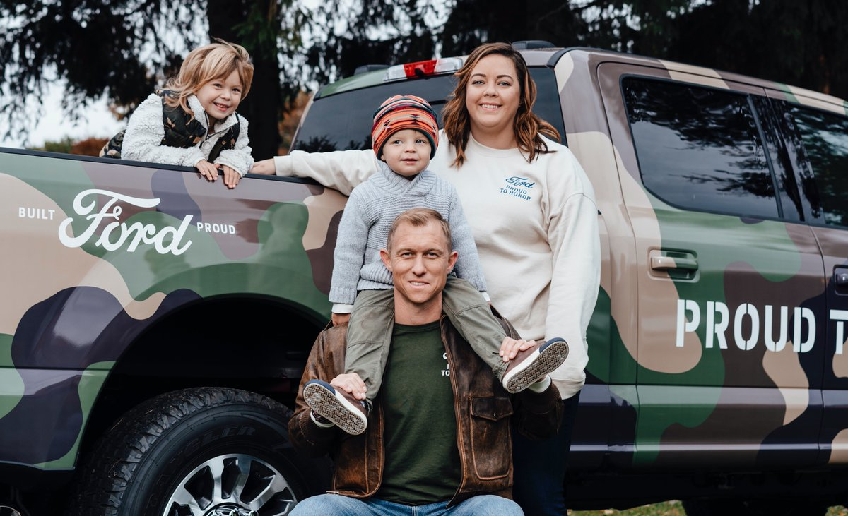@Ford #ProudToHonor serves an important purpose: to support our military heroes and their families. BSF and @DAVHQ will each receive 5% of the purchase price of PTH merchandise sold now through 12/31 with a min donation of $10K to BSF & DAV each.